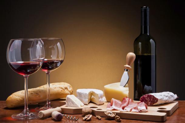 Abbinare il cibo al vino