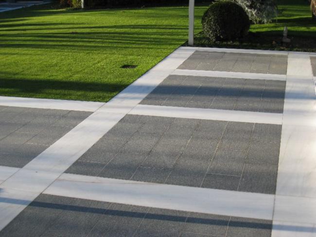 Piastrelle Da Esterno Grigio : I pavimenti da esterno studiati prima dell installazione